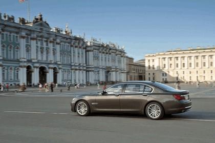2013 BMW 750Li ( F01 ) 12
