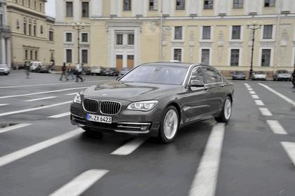 2013 BMW 750Li ( F01 ) 13