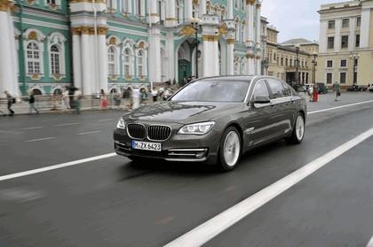 2013 BMW 750Li ( F01 ) 14