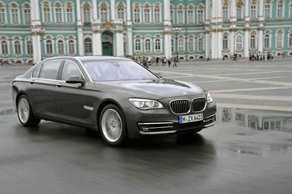 2013 BMW 750Li ( F01 ) 15
