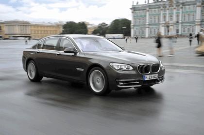 2013 BMW 750Li ( F01 ) 16
