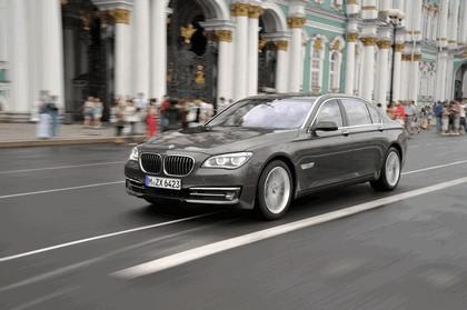 2013 BMW 750Li ( F01 ) 21