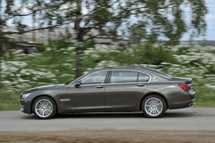 2013 BMW 750Li ( F01 ) 27