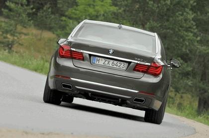 2013 BMW 750Li ( F01 ) 32