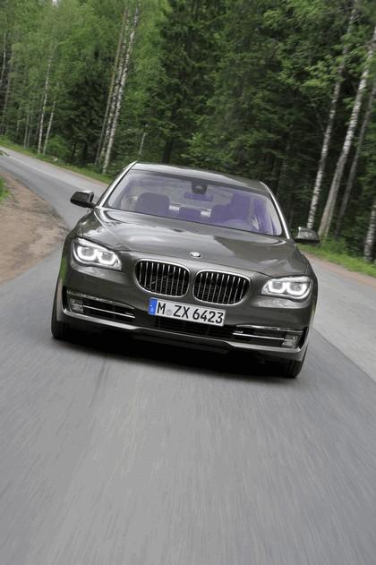 2013 BMW 750Li ( F01 ) 35