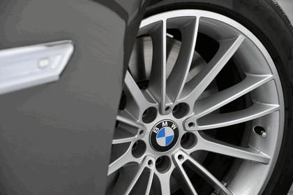 2013 BMW 750Li ( F01 ) 38
