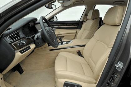 2013 BMW 750Li ( F01 ) 43