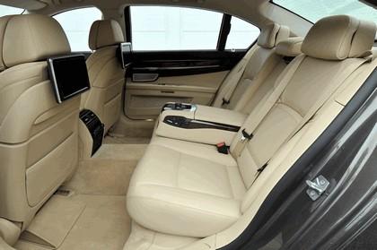 2013 BMW 750Li ( F01 ) 44