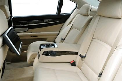 2013 BMW 750Li ( F01 ) 57