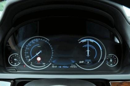 2013 BMW 750Li ( F01 ) 58