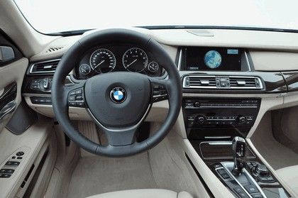 2013 BMW ActiveHybrid 7 ( F01 ) 33