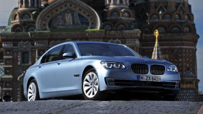 2013 BMW ActiveHybrid 7 ( F01 ) 8