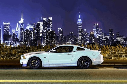 2013 Ford Mustang by RTR 4