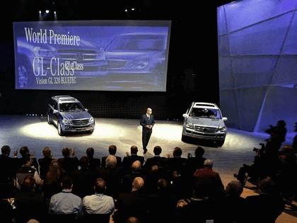 2006 Mercedes-Benz Vision GL320 BLUETEC concept 10