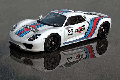 2012 Porsche 918 Spyder prototype in Martini Racing design 1