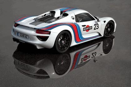 2012 Porsche 918 Spyder prototype in Martini Racing design 2