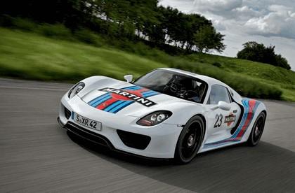 2012 Porsche 918 Spyder prototype in Martini Racing design 5