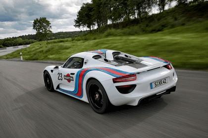 2012 Porsche 918 Spyder prototype in Martini Racing design 7