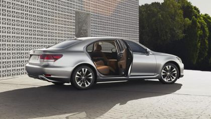 2012 Lexus LS 460 - European version 5