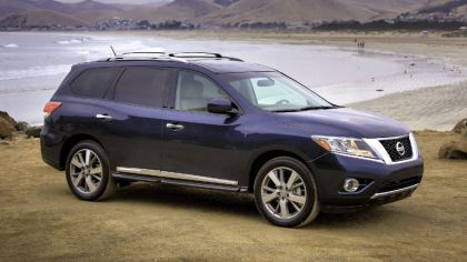 2013 Nissan Pathfinder 8