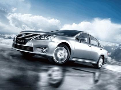 2012 Toyota Crown Royal Saloon VIP 1