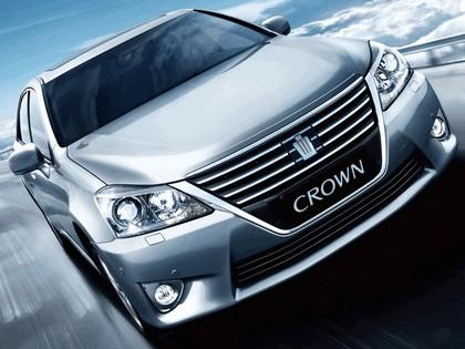 2012 Toyota Crown Royal Saloon VIP 3