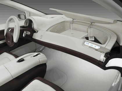 2005 General Motors Sequel concept 61