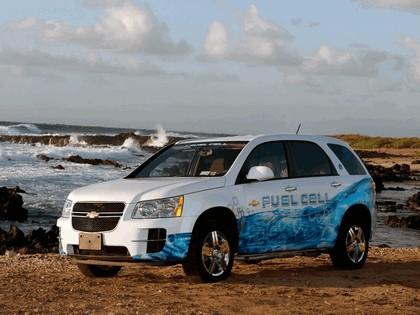 2008 General Motors Hydrogen4 concept 10