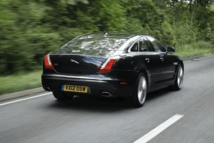 2012 Jaguar XJ - UK version 32