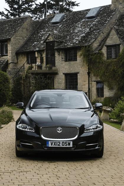 2012 Jaguar XJ - UK version 72