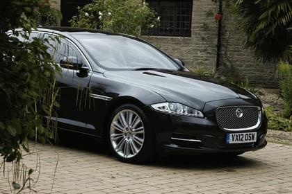 2012 Jaguar XJ - UK version 73