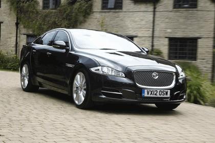 2012 Jaguar XJ - UK version 76