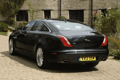 2012 Jaguar XJ - UK version 88