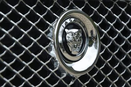 2012 Jaguar XJ - UK version 102