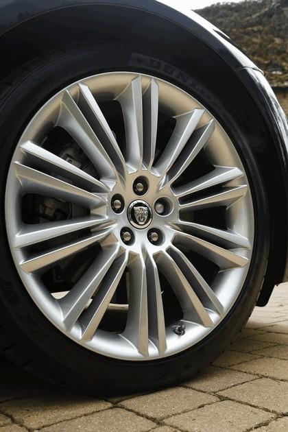 2012 Jaguar XJ - UK version 110