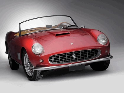 1957 Ferrari 250 GT LWB California spider 10