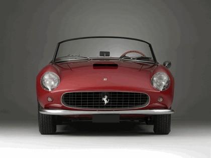 1957 Ferrari 250 GT LWB California spider 11