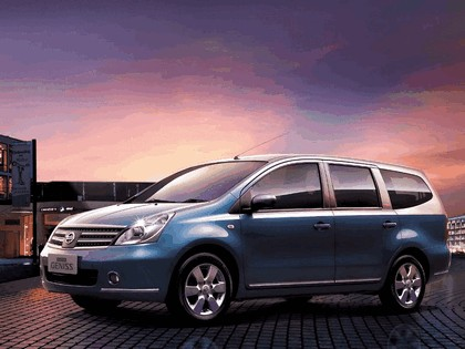 2006 Nissan DongFeng Livina Geniss chinese version 1
