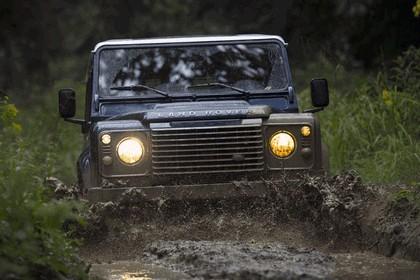 2013 Land Rover Defender 90 10