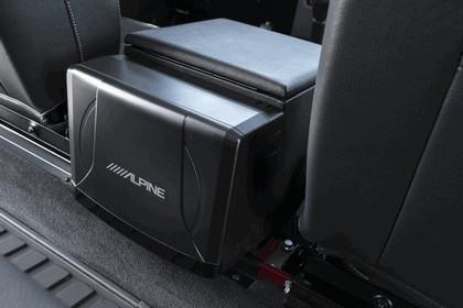 2013 Land Rover Defender 90 16
