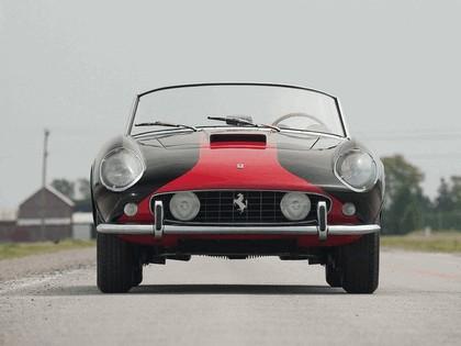 1957 Ferrari 250 GT LWB California spider Two Tone 3