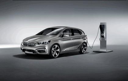 2012 BMW Concept Active Tourer 6