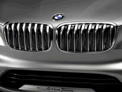 2012 BMW Concept Active Tourer 8