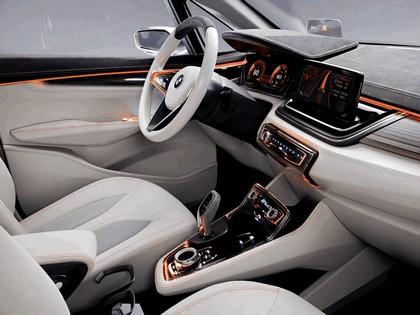 2012 BMW Concept Active Tourer 36