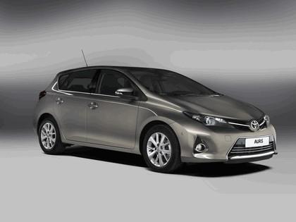 2012 Toyota Auris 1