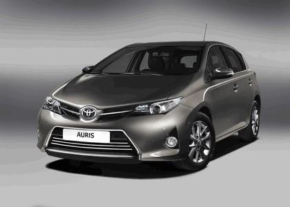 2012 Toyota Auris 2