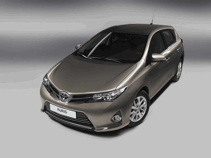 2012 Toyota Auris 3