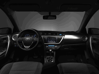 2012 Toyota Auris 6
