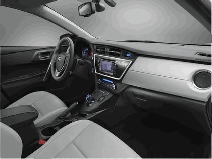 2012 Toyota Auris Hybrid 9