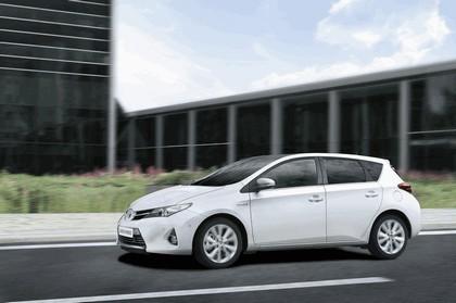 2012 Toyota Auris Hybrid 10